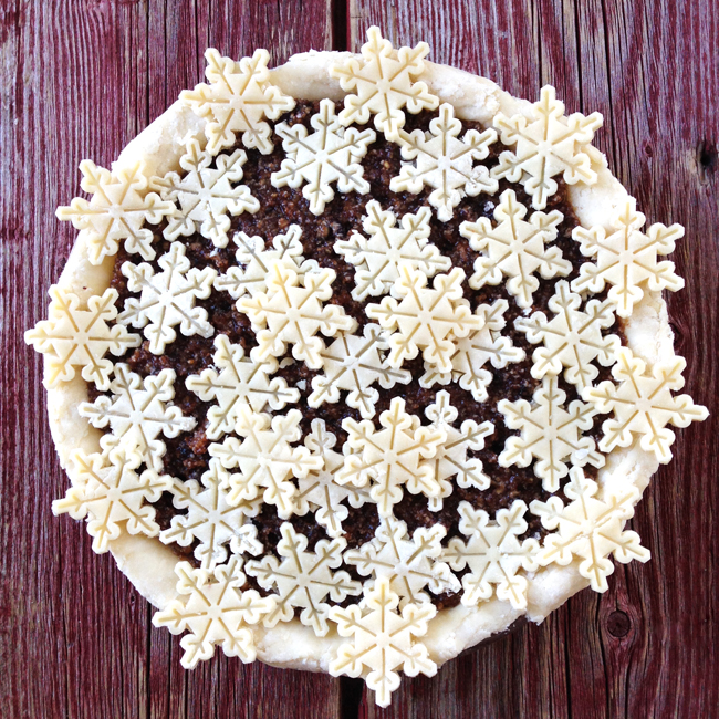 Snowflake Winter Wonderland Pie - Sleigh All Day - 8 Christmas Pie Crust Design Ideas
