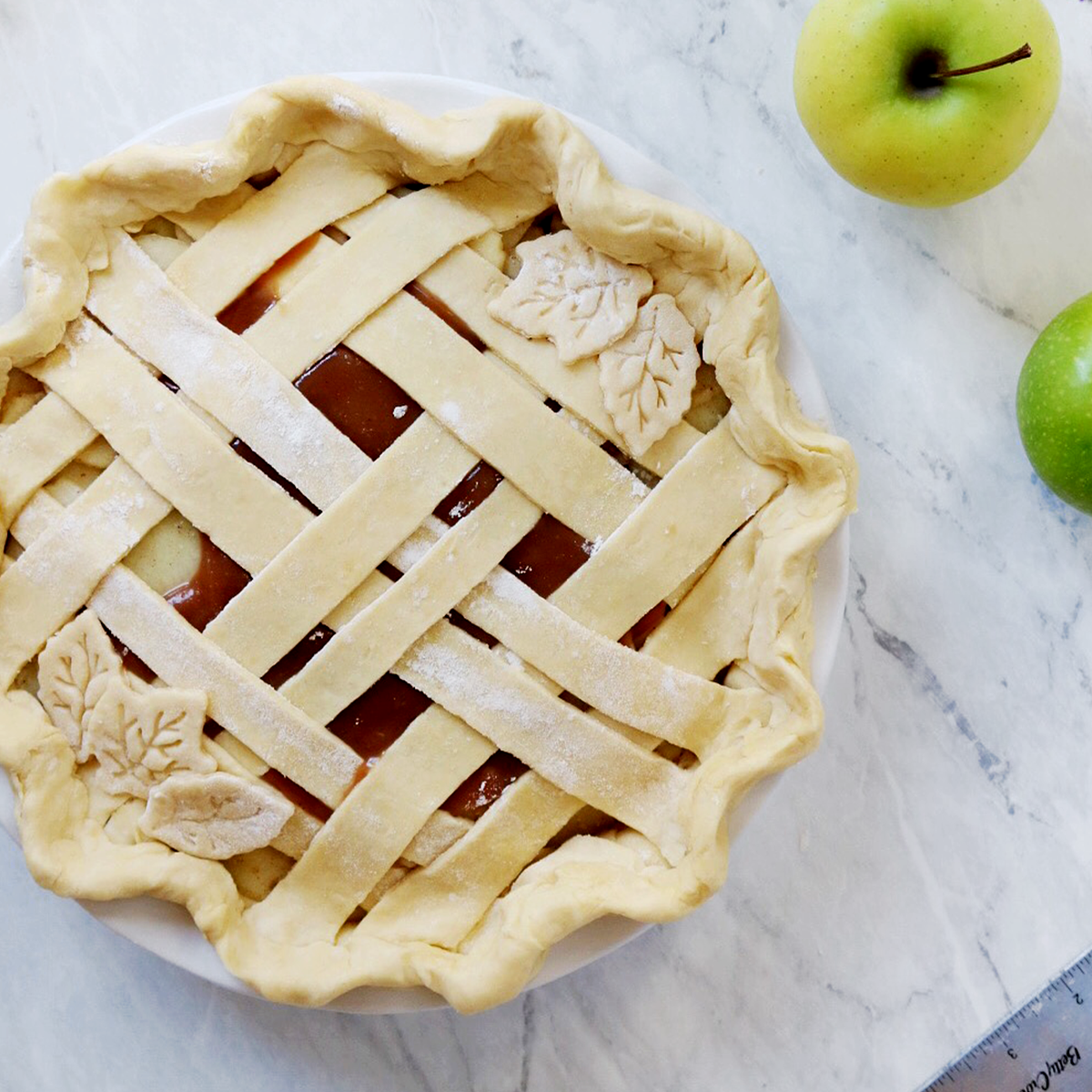 10 Fall Pie Crust Ideas - pies before guys